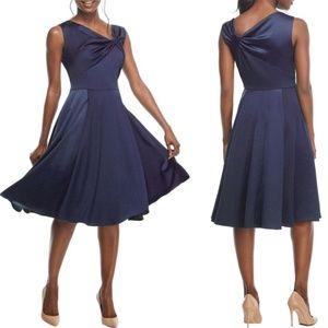 NWT Gal Meets Glam Noelle Twist Neck Satin Dress